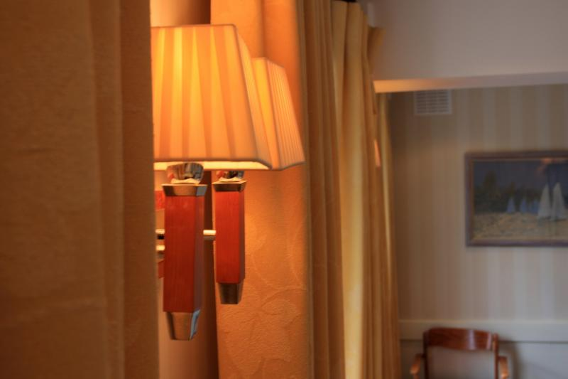 Commodores Room